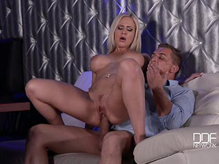 Zoey holloway fucks her daughters boyfriend
